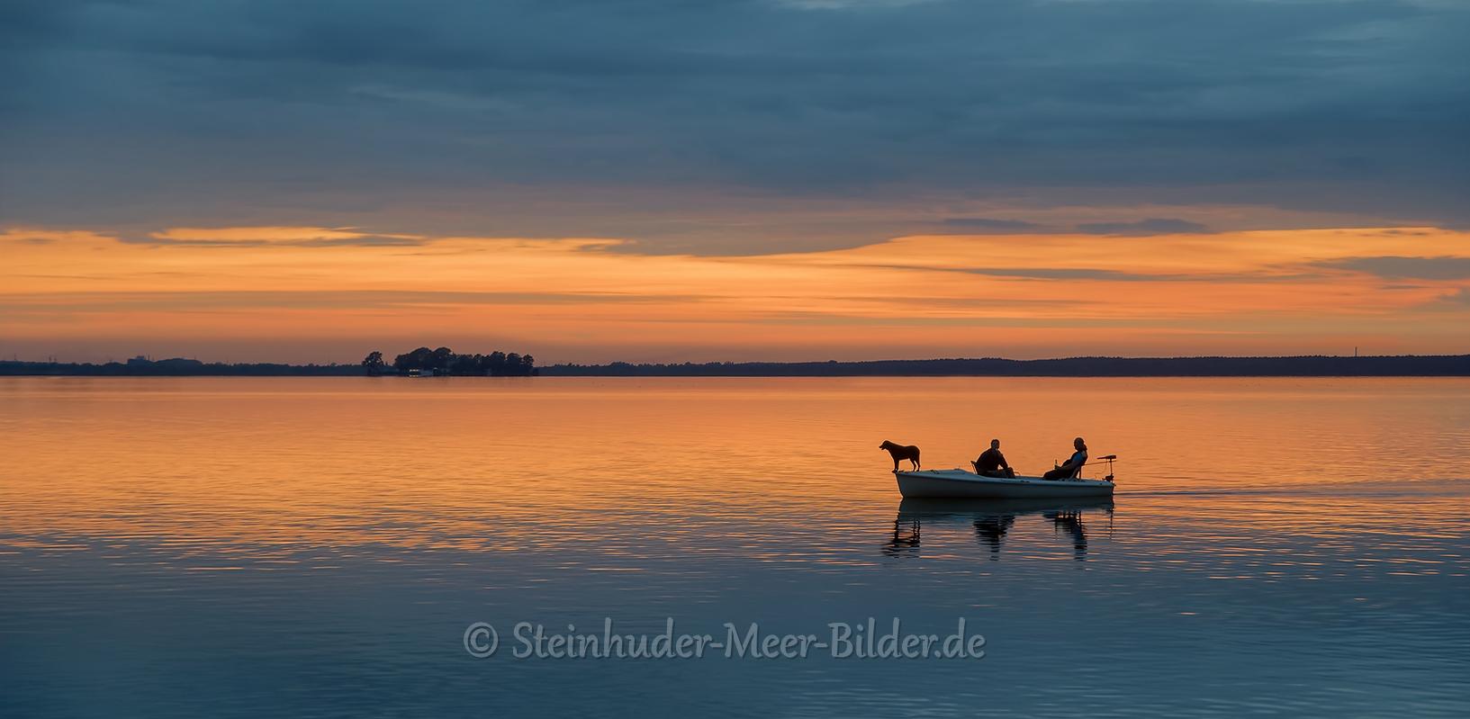 Abendrot-Sonnenuntergang-Abendhimmel-Daemmerung-Abendstimmung-Abendlicht-Steinhuder Meer-C_SAM_0943b