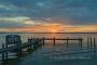 Abendrot-Wolken-Wolkenhimmel-Steg-Bootssteg-Sonnenuntergang-Abendhimmel-Daemmerung-Abendstimmung-Abendlicht-Steinhuder Meer-A_NIK500_1119