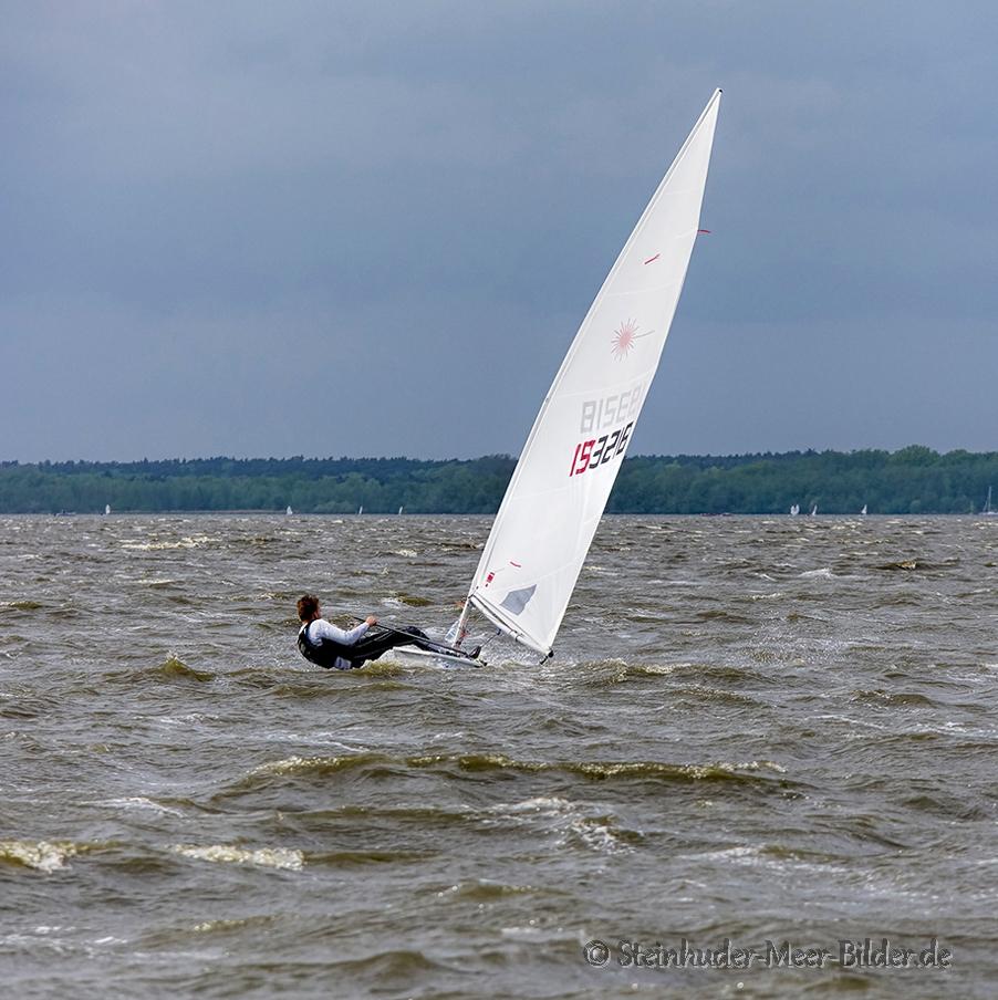 Sportfotos-Segeln-Segelboot-Segelsport-Sport-Wassersport-Regatta-Steinhuder-Meer-Naturpark-A_SAM3621