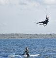 Sportfotos-Sprung-springender-Kite-Surfing-Surfer-Surfsport-Sport-Wassersport-Steinhuder-Meer-Naturpark-A_NIK2144-1