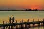 Landschaftsfotos-Naturfotos-Steg-Bootssteg-Silhouette-Sonnenuntergang-Abendstimmung-Abendrot-Steinhude-Steinhuder Meer-Naturpark-Landschaft-AXO1I6934-1