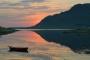 landschaft-mitternachtssonne-mittsommer-lofoten-felsen-fjord-meer-kueste-Norwegen-B_DSC4191a