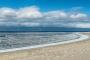 landschaft-panorama-sand-strand-meer-kueste-ellenbogen-blauer-himmel-weisse-wolken-list-Sylt-schnee-winter-C_NIK_5000 Kopie