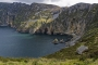 landschaft-steil-felsen-abhang-West-Kueste-gruene-Irland-A_SAM4747