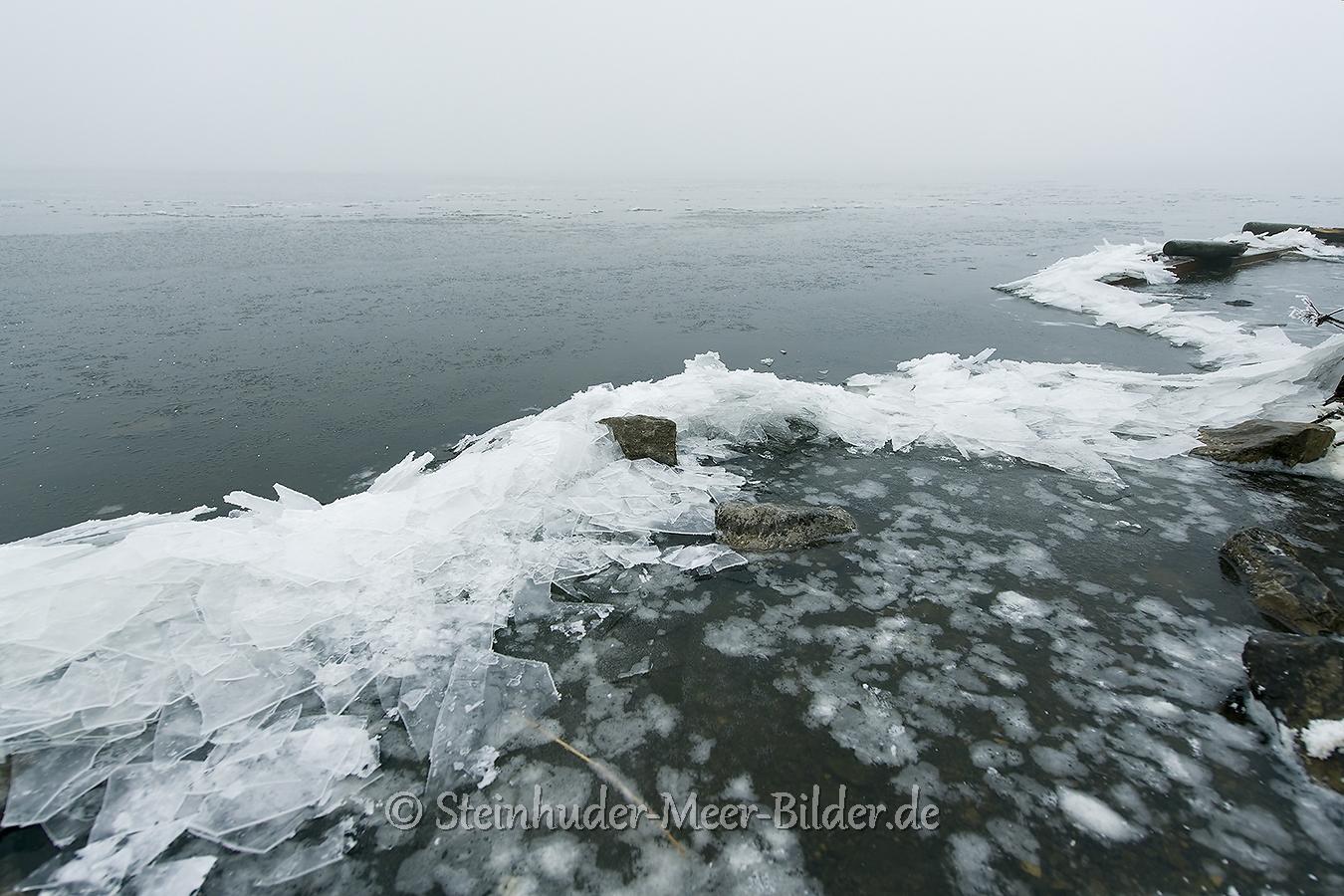 eisschollen-winter-steinhuder-meer-eisdecke-schnee-zugefroren-eisdeckedecke-naturpark-naturraum-region-A7RII-DSC01094