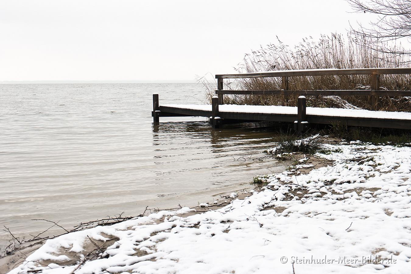 mardorf-winter-steinhuder-meer-eis-schnee-zugefroren-eisdecke-naturpark-naturraum-region-A_SAM0421