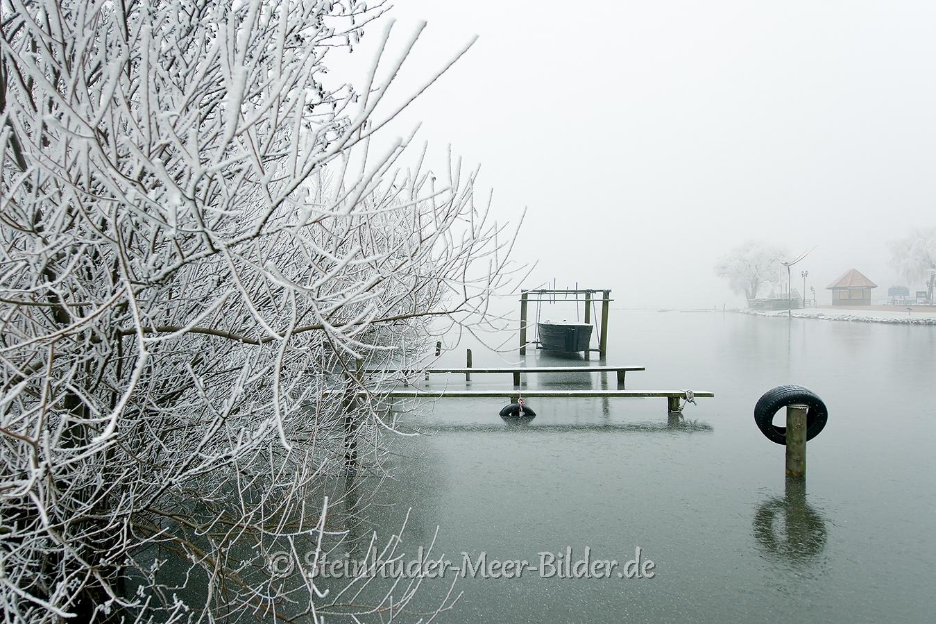 winter-steinhuder-meer-eis-schnee-zugefroren-eisdecke-naturpark-naturraum-region-A7RII-DSC01095