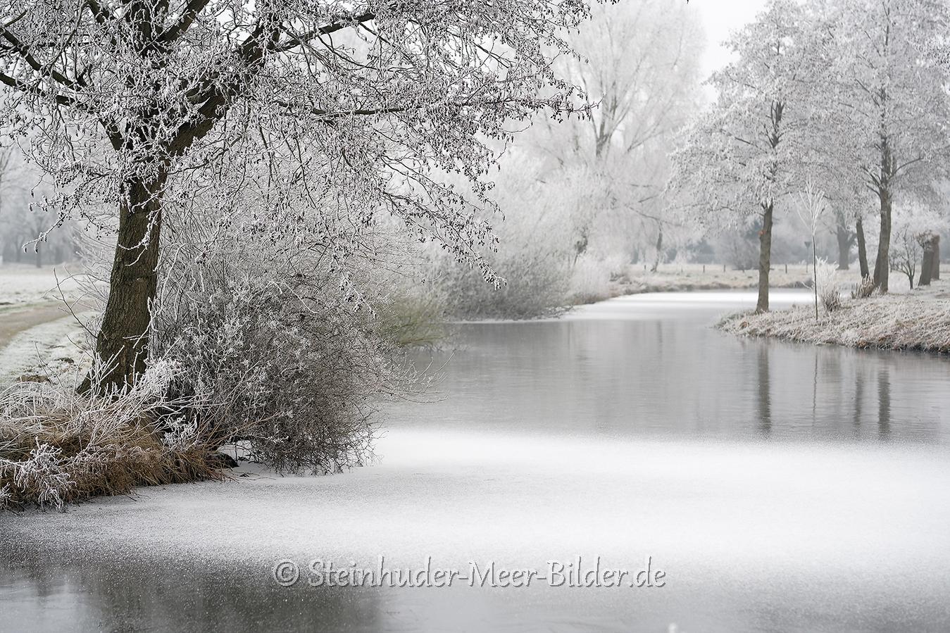 winter-steinhuder-meer-eis-schnee-zugefroren-eisdecke-naturpark-naturraum-region-A7RII-DSC01149